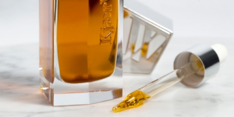 kjaer-weis-the-beautiful-oil